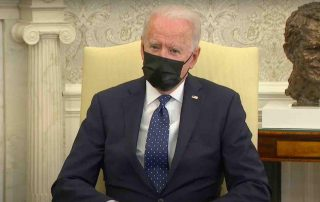 biden-blasted-for-saying-he's-'praying'-for-'right-verdict'-in-derek-chauvin-murder-trial:-'wildly-inappropriate'
